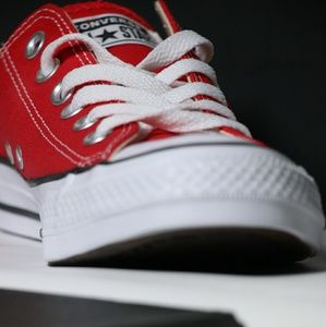 New Converse Classic Red All Star Low Top